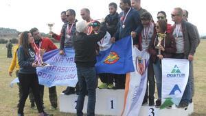 Yamaçparaşüt Hedef Şampiyonasının finali İnönüde yapıldı