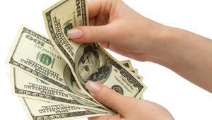 TCMB Beklenti Anketine göre yıl sonu dolar tahmini 3.71 TL