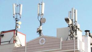 Uzmanlardan korkutan baz istasyonu ve cep telefonu uyarısı