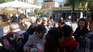 AK Partiden Geliboluda aşure dağıtımı