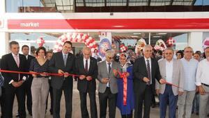 Döşemealtına akaryakıt istasyonu açıldı