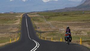 15 günde bisikletle İzlanda