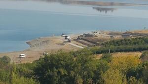 Kahtada baraj sahiline yürüyüş yolu