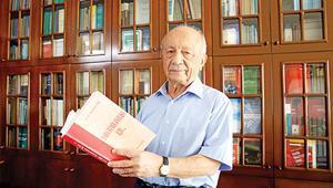 'İstifaya zorlamak  Anayasa'ya aykırı'