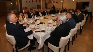 Başkan Zolan turizmcilerle buluştu