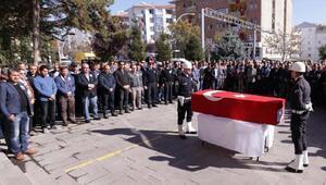 Yanında şehit olan arkadaşının acısına dayanamayarak ölen polis Fatih Seven son yolculuğuna uğurlandı