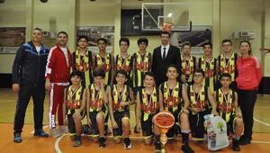Cumhuriyet Kupası, Kolej Vakfının