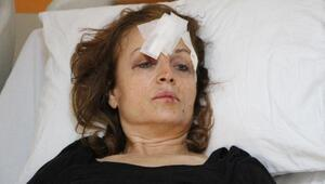 Başına cam tabla düşen doktor ağır yaralandı (3)