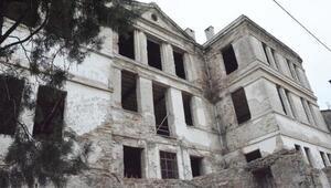 Mudanya'daki tarihi Taş Mektep küllerinden doğuyor
