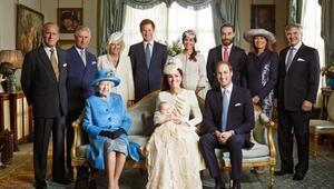 İngiltereyi karıştıran iddia Kraliyet ailesinin mahrem fotoğrafları çalındı