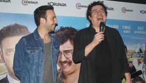 Yol Arkadaşım filminin oyuncuları Bursadaki galada sevenleriyle buluştu