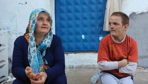 İki oğlu otistik, eşi diyaliz tedavisi gören kadının çaresizliği