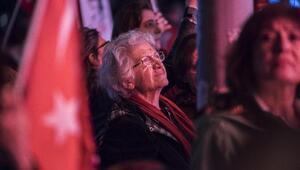 İstanbulda Cumhuriyet yürüyüşleri yapıldı