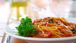 İtalyanlar makarnayı nasıl pişirir Cevabı işin uzmanı veriyor