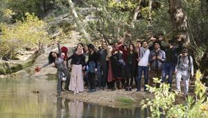 Öğrenciler Kovada Gölü ve Yazılı Kanyonu gezdi