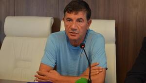 Adana Demirspor Teknik Direktörü Giray Bulak, istifa etti