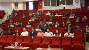 Rektör Acer, öğrenci toplulukları başkanlarını dinledi