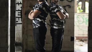 Ardahanlı gurbetçi ikizlerden Türk askerine rap şarkısı