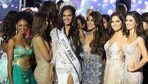 Güzellik yarışmasına adayların güzelliği değil, sözleri damga vurdu