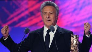 Hollywoodda yeni taciz skandalı Özür diledi...