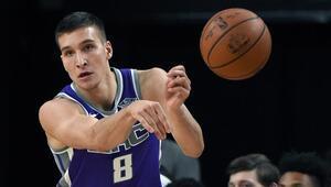 Bogdanovic üçlükleri kaçırdı, Boston fark attı