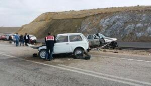 Haymanada iki otomobil çarpıştı: 1 ölü