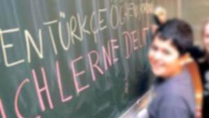 Hessen'de Türkçe için imza kampanyası