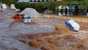 Mersinde şiddetli yağış