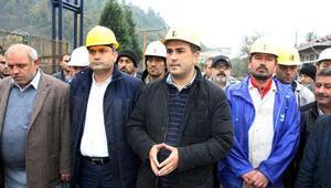 Zonguldakta maden işçileri ocaktan çıkmama eylemi başlattı (3)