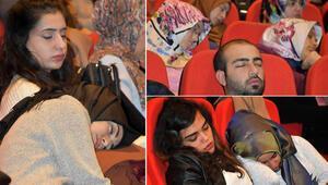 Sempozyumda böyle uyudular