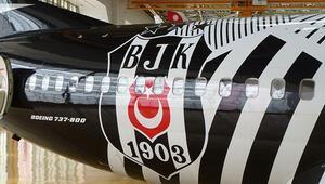 Beşiktaş THY uçağından indi