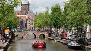 Çılgın kentin kollarında... Amsterdam