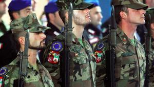 Avrupa'da yeni askeri işbirliği Avrupa Birliği Ordusu kuruluyor mu