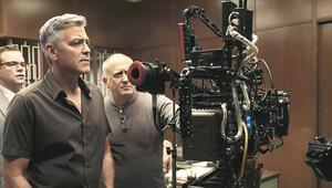Festivali George Clooney açıyor