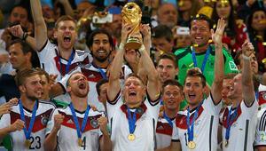 Dünya Kupasına katılacak 32 takım belli oldu Avrupadan 14 ülke...