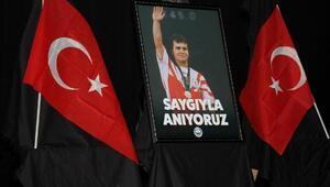 Naim Süleymanoğlu için anma töreni düzenlendi