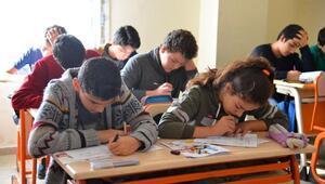 Gençlik Eğitim Merkezlerinde öğrenciler yeni sınav sistemine alışıyor