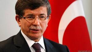 Marmara Üniversitesi Davutoğlunun konferansını iptal etti