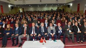 Müdür Akpınar okul müdürlerinin katılımıyla toplantı düzenledi