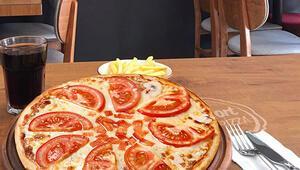 300 bin liralık pizza