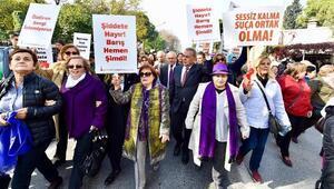 İzmirli kadınlar Şiddete hayır dedi