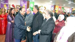 HDPli Baydemir: 10 bin kişi cezaevinde