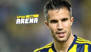 Fenerbahçeye transferi Robin van Persie yapacak