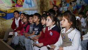 Yenimahalleli çocuklar haklarını Çocuk Müzesi'nde öğrendi