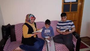 Çocuklar kitap okusun derken veliler kitap okumaya başladı