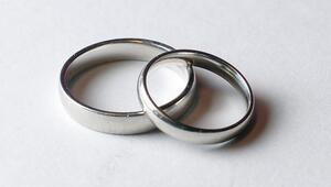 Evlilik Alzheimer ve demans riskini azaltıyor