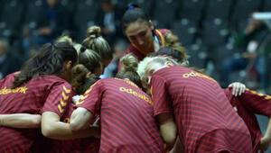 Galatasarayda şok mağlubiyet 57 sayı...
