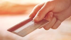 Black Fridayde internetten kartlı ödeme rekor kırdı
