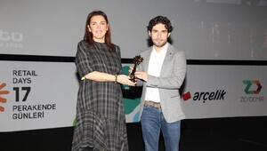 Perakende Güneşi Ödülleri'nden Hopiye Perakendeye katkı ödülü verildi