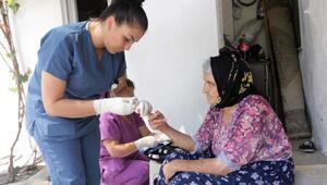 Bornovada sağlık hizmetleri sürüyor